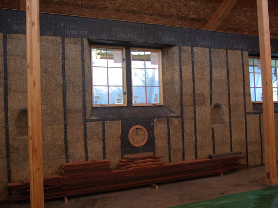 Exposed Straw Wall with Truth Window